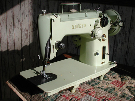 Singer 319W Sewing Machine