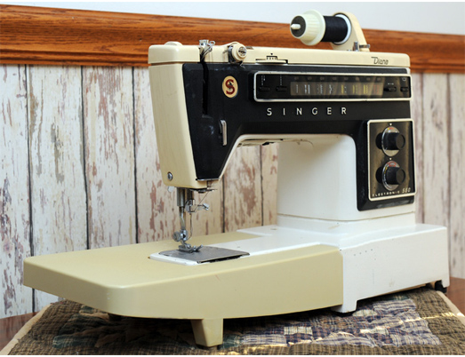 Singer Electronic 560 Diana Sewing Machine