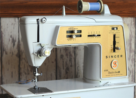 Singer Golden Touch & Sew 620 Sewing Machine